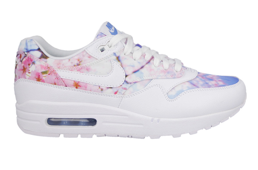 buty damskie sneakersy nike air max 1 print cherry blossom. Black Bedroom Furniture Sets. Home Design Ideas