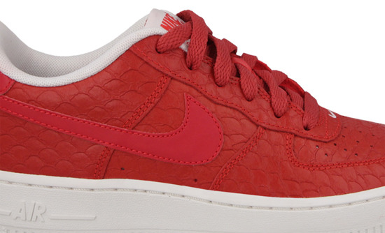 Buty damskie sneakersy Nike Air Force 1 LV8 (GS) 820438 600