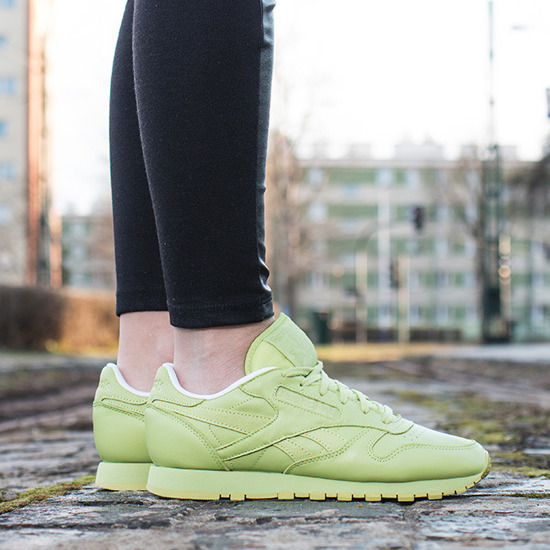 Buty damskie sneakersy Reebok Classic Leather Spirit X Face Stockholm V69387