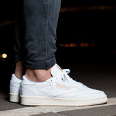 Buty męskie sneakersy Reebok Club C 85 Perforated V68489