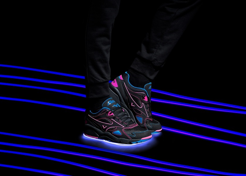 Mizuno-Wave-Creation-LS-Lights