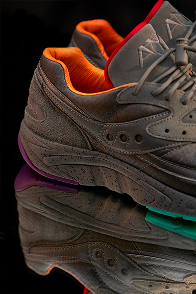 Raised-By-Wolves-x-Saucony-AYA-Asphalt-Jungle