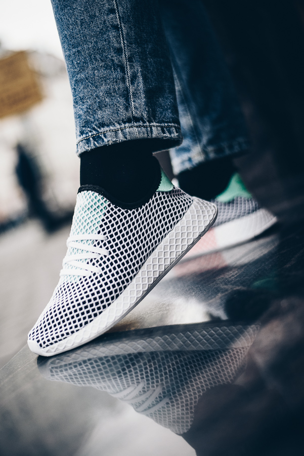 adidas-originals-Deerupt-Runner-CQ2624-CQ2626-B28076