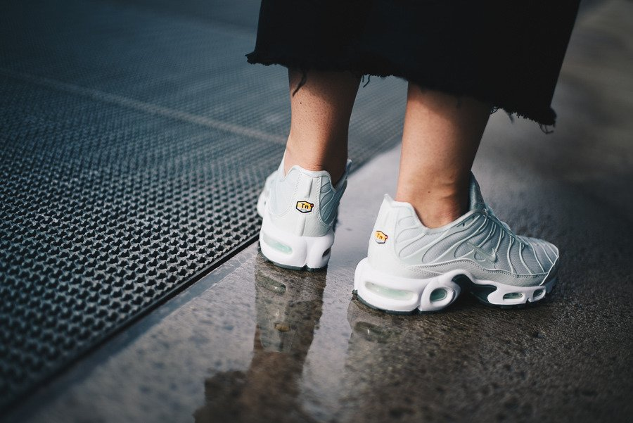 free shipping 05713 d2d8c Buty damskie sneakersy Nike Air Max Plus Se 862201 005 | ZIELONY ...