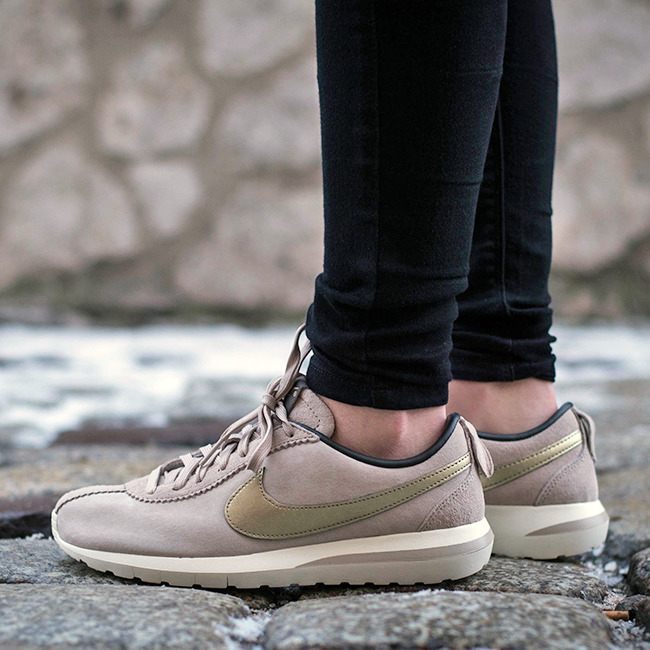 buty nike wmns roshe cortez nm premium suede