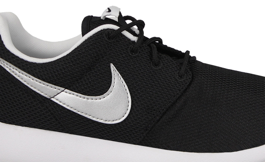 new concept 7c215 6b8d0 ... Buty damskie sneakersy Nike Roshe One (GS) 599728 021