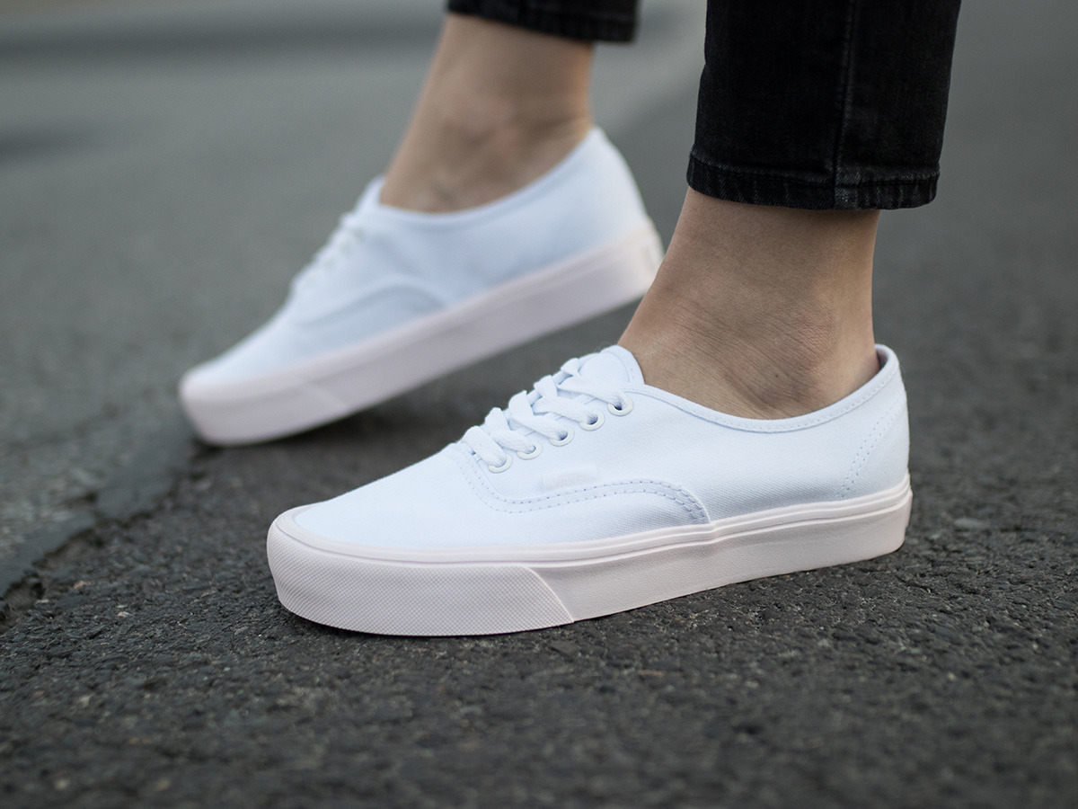 vans authentic lite białe