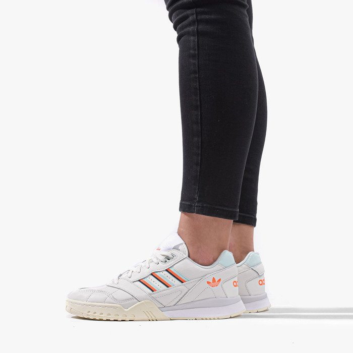 Buty damskie sneakersy adidas Originals A.R. Trainer D98157