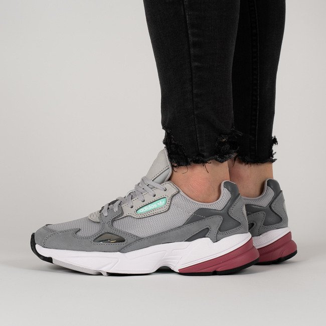 the latest 00006 42939 Buty damskie sneakersy adidas Originals Falcon D96698