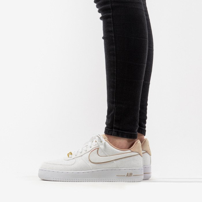 Buty Nike Air Force 1 07 LX 898889 102