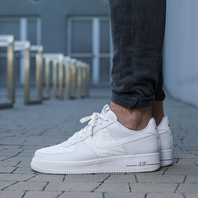 buty nike air force 1 '07 lv8 white