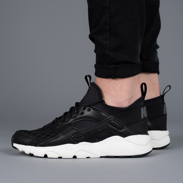 air huarache nike run ultra se noir et blanc