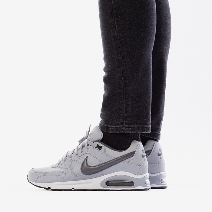 Buty m?skie Nike AIR MAX Command 749760 012