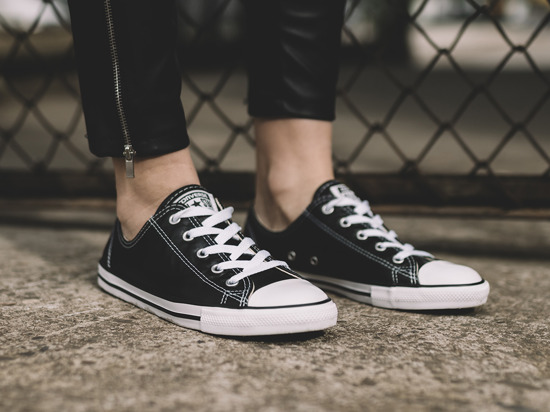 Buty damskie sneakersy Converse Chuck Taylor All Star Dainty 555905C