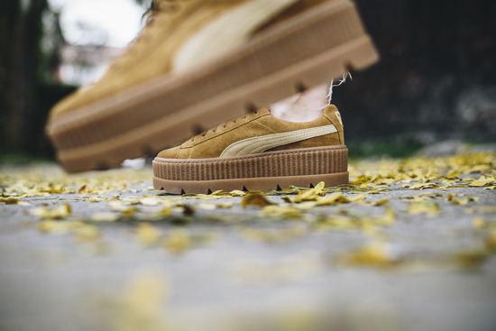"Buty damskie sneakersy Puma x Fenty Rihanna Cleated Creeper Suede ""Golden Brown"" 366268 02"