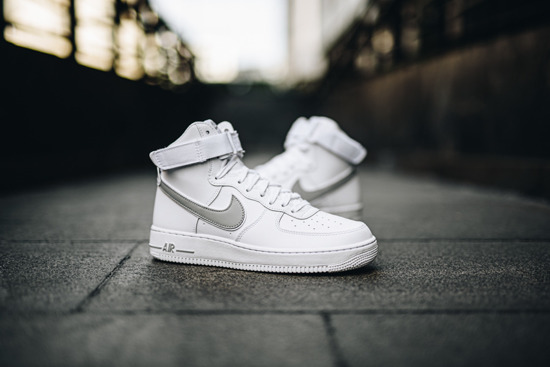Buty męskie sneakersy Nike Air Force 1 High 07 AT4141 100