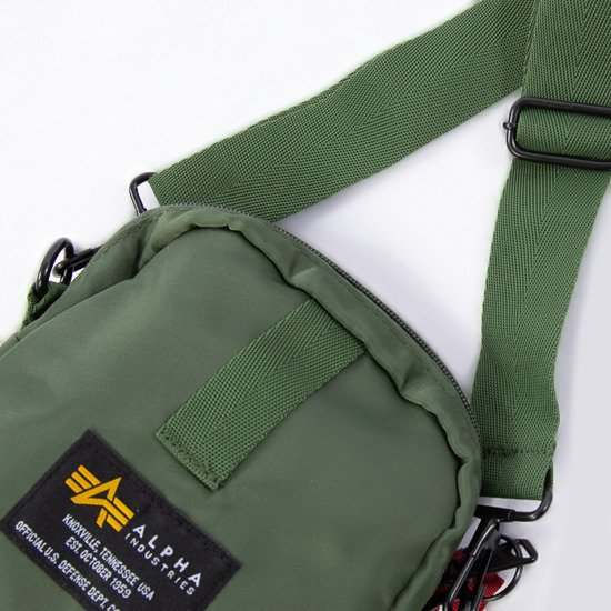 Saszetka Alpha Industries Crew Carry Bag 196924 01